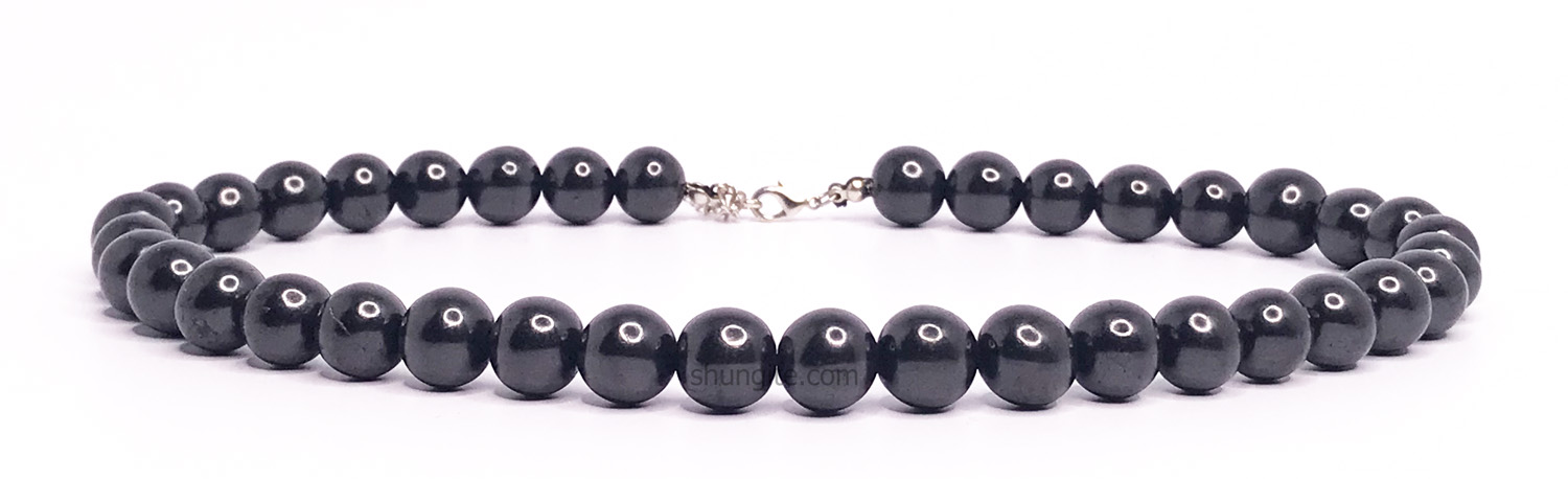 Shungite necklace with beads 12 mm