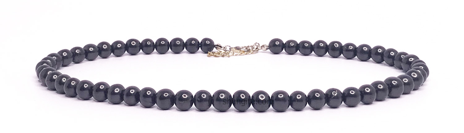 Shungite necklace with beads 8 mm